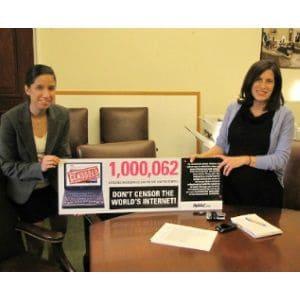 Avaaz à la maison blanche pour défendre internet
