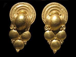 boucles d'oreilles etrusques en or