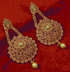 boucles d'oreilles indiennes traditionnelles