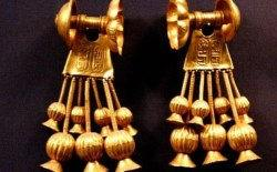 boucles d'oreilles en or egypte ancienne