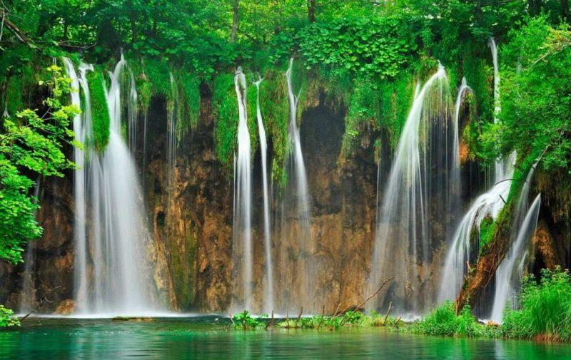cascades_chutes_d_eau_Plitvice_National_Park_Croatie